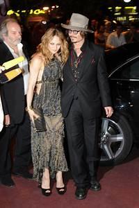 Johnny Depp, Vanessa Paradis Leading Separate Lives | HuffPost
