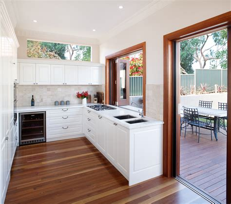 Creating An Indooroutdoor Kitchen Completehome