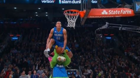 These Dunks Look Like They Belong In A Video Game Kotaku