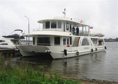 Houseboat Yacht by Yacht Houseboat Otrada Seatech Ltd