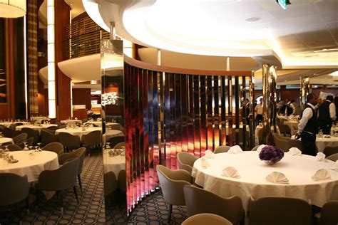 Oasis Dining Goes Dynamic!  Cruise Bulletin