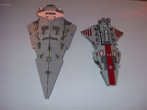 venator class attack cruiser  imperial star destroyer