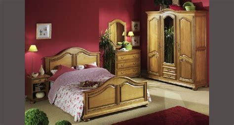 le de chambre a coucher chambre à coucher rustique chambres adultes le geant du
