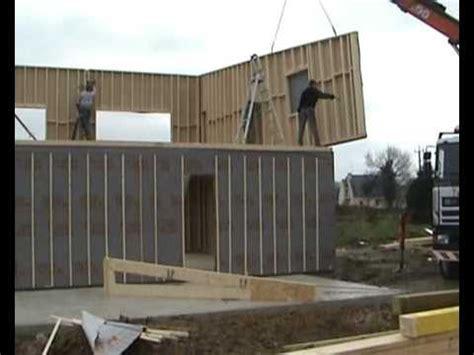 montage des murs maison ossature bois maizon passive