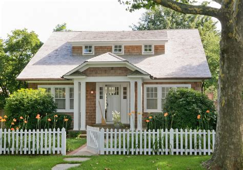 traditional style of cottage for cottage style front doors exterior traditional with beach house bushes cottage beeyoutifullife com