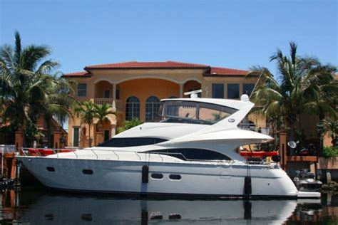 Boat Rental Miami Miami Fl by Luxury Boat Rentals Miami Fl Azimut Express