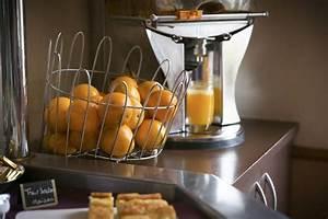 Machine A Orange Pressée : le petit d jeuner l 39 h tel brit hotel rennes le castel petit d jeuner riche et vitamin ~ Melissatoandfro.com Idées de Décoration