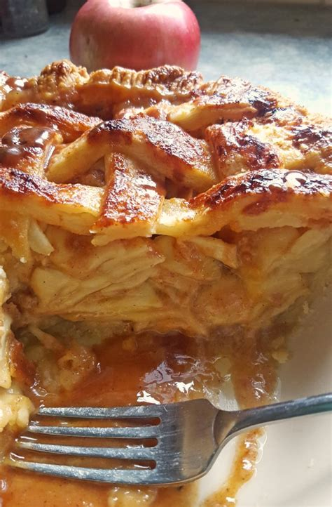 Salted Caramel Apple Pie by Salted Caramel Apple Pie With Rosemary Caramel The Best