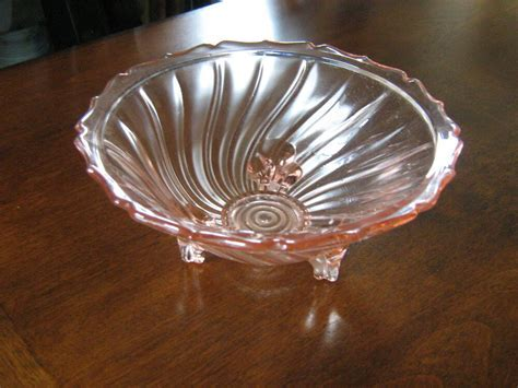 Jeanette Depression Glass Swirl Pink Pattern 3 Footed Open
