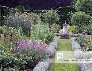 Sonnenuhr Berechnen : cranborne manor dorset england europa in der mitte ~ Themetempest.com Abrechnung