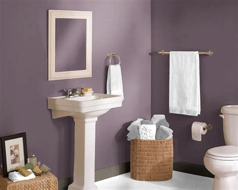 Purple Paint Colors For Bathrooms by Bathroom In Expressive Plum Home Decor