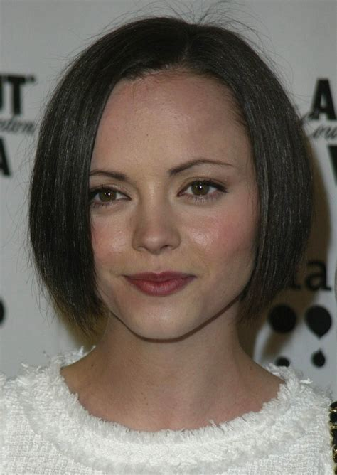 christina ricci short bob  textured ends   heart