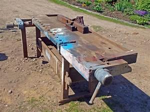 Video Travail Du Bois : banc de travail du bois image stock image du brun table ~ Dailycaller-alerts.com Idées de Décoration