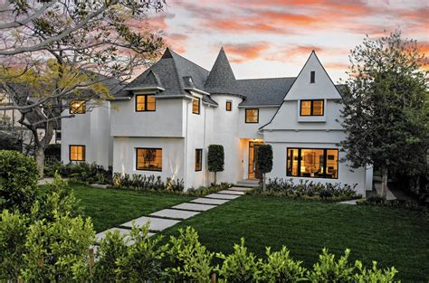 English Tudor With A Modern Makeover In Santa Monica