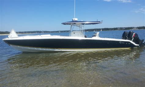 Marlago Boats 35 marlago cc cuddy with 300 suzuki low hours