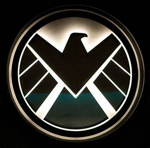 Watching: Agents of S.H.I.E.L.D. Episode 2 - Giant ...