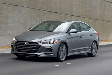 Cost Of Hyundai Elantra by Used 2017 Hyundai Elantra For Sale Pricing Features