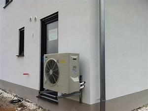 Elektrische Kohlefaser Heizung : heizung an der wand apparatus boiler heater stockfotos ~ Kayakingforconservation.com Haus und Dekorationen
