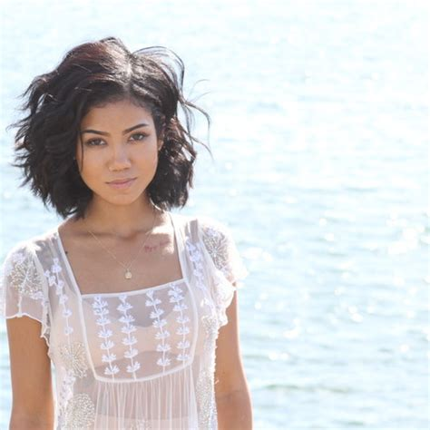jhene aiko debuts new single to die hamada