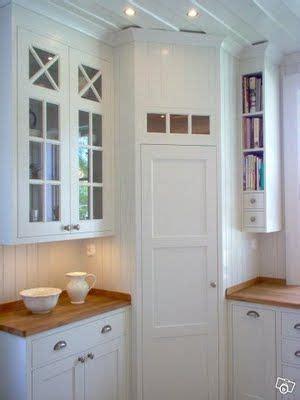 china kitchen cabinet h 246 rnskafferi i vitt kitchen k 246 k skafferi 2175