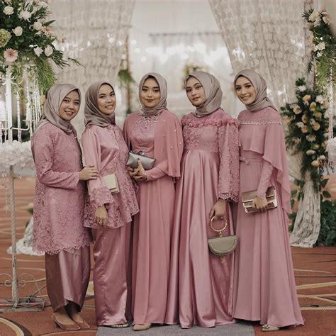 outfit baju bridesmaid berhijab ala selebgram