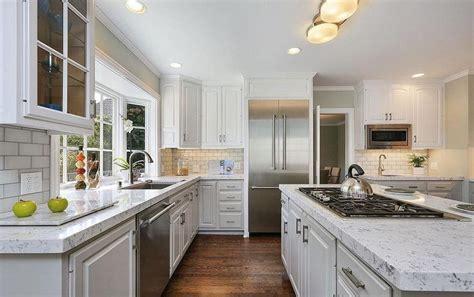 Transitional   Kitchen   Benjamin Moore Edgecomb Gray