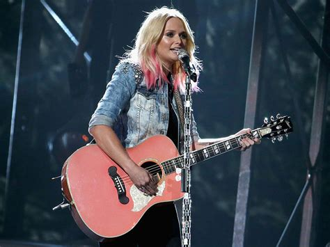 cma awards 2015 miranda lambert acceptance speech