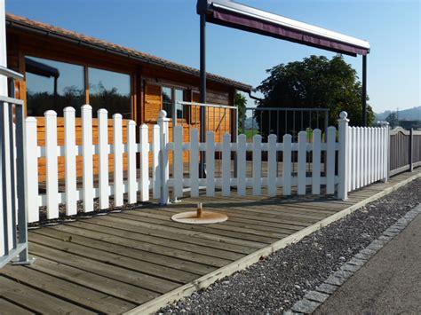 Gartenzäune Und Tore Aus Holz Oder Metall Holzbauzenter