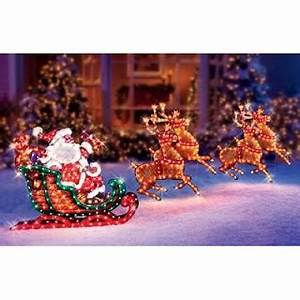 Outdoor Christmas Decorations Make your Yard Stand Out