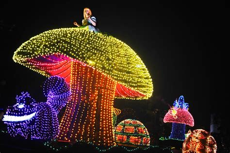 light parade disneyland 13 must see walt disney world parades and shows sand and