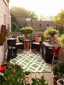 balkongestaltung 50 fantastische beispiele archzinenet With balkon teppich mit tapete aus eigenen fotos