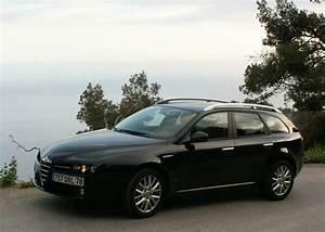 Alpha Romeo Break : essai alfa romeo 159 sportwagon un wagon nomm d sir ~ Medecine-chirurgie-esthetiques.com Avis de Voitures