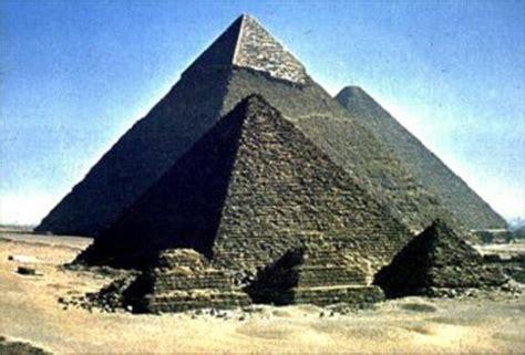 testi delle piramidi 10 000 12 500 a c warp drive