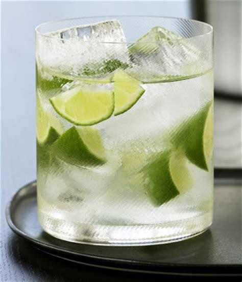 club soda water nutrition facts info vodka schweppes