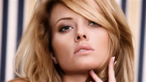Blond Meaning by Beautiful Model Hd Desktop Wallpaper Widescreen
