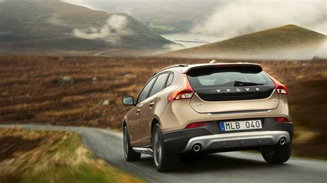 Volvo V40 Cross Country Backgrounds by 2016 Volvo V40 Cross Country Hd Wallpapers