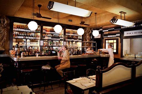 cuisine brasserie intérieur bar le valois bar huitres 75008