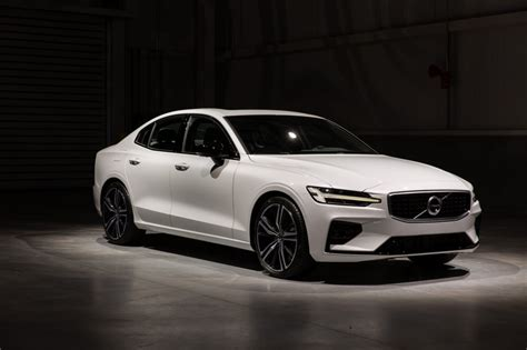 volvo  price design  review cars