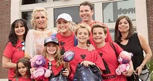 Britney Spears Takes Sean Preston, Jayden James & Niece ...
