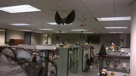 25 Creative Office Cube Halloween Decorating Ideas