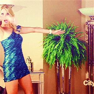 Cheryl Hines Dallas Royce GIF - Find & Share on GIPHY