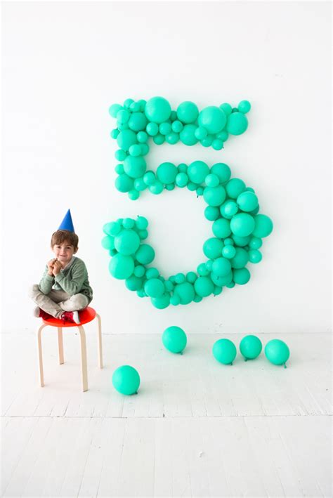 giant balloon number diy