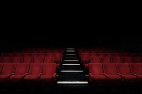 put  audience  manner  speaking