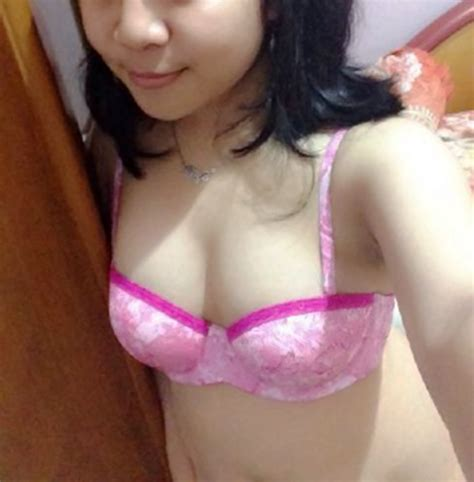 Showing Porn Images For Jilbab Indonesia Porn Handy