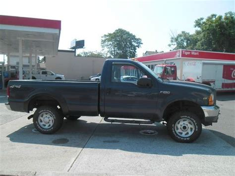 Purchase used NO RESERVE 8 FOOT BED AUTO 4X4! RUNS GREAT