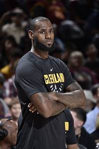 LeBron James tests ankle in practice, status for Cleveland ...