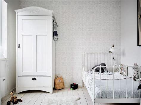 decoration de chambre d enfant chambre d enfant monochrome blanche