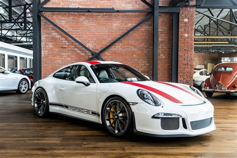 prestige cars 34 porsche 911r white 34 richmonds classic and prestige cars storage and sales