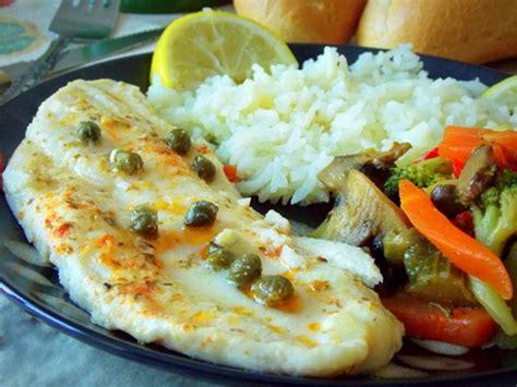 cuisiner du poisson au four filet de poisson au four ou sole aux légumes sautées le