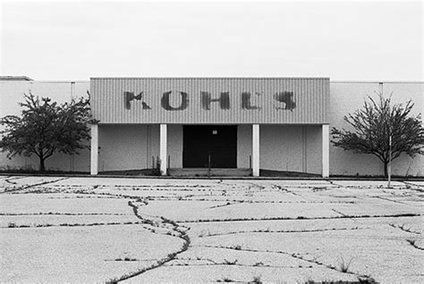 abandoned kohl s store at southtown mall in fort wayne